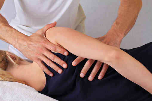 Chiropractor in Denver For Neck And Shoulder Pain